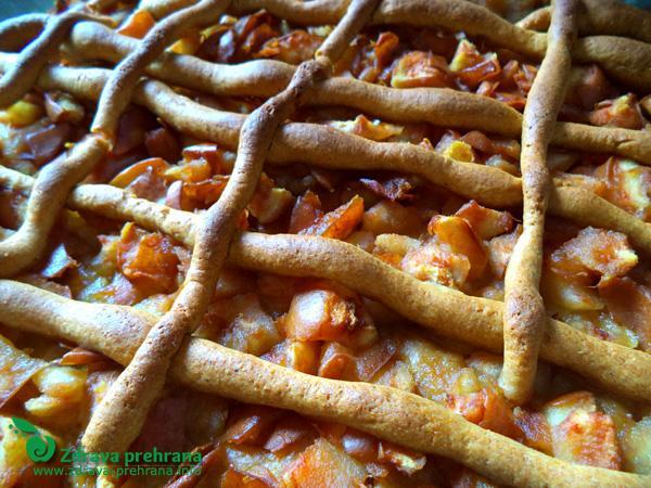 Hruškova pita iz pirine moke